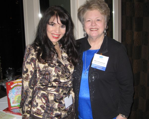 Cheryl Ariaz Wicker with author Mary Hollingsworth at the CWIMA Dalla meet